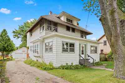 Menasha Multi Family Home Active-No Offer: 607 2nd