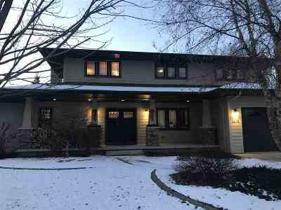 Neenah Single Family Home Active-No Offer: 1698 Mill Pond