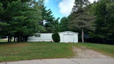 Oconto Falls Single Family Home Active-Offer No Bump: 7218 Garbrecht