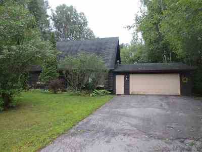 Oconto Single Family Home Active-Offer No Bump: 3247 Woodview