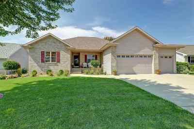 Menasha Single Family Home Active-Offer No Bump: 1310 Fieldview
