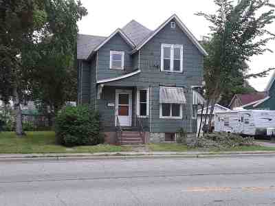 Marinette Single Family Home Active-No Offer: 1108 Pierce