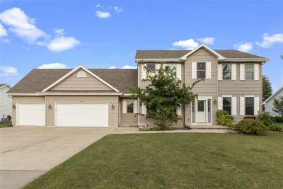 Neenah Single Family Home Active-Offer No Bump: 1630 Redwing