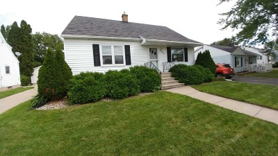Neenah Single Family Home Active-No Offer: 764 Maple