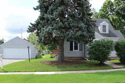 Kaukauna Single Family Home Active-Offer No Bump: 313 W 9th