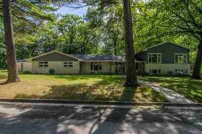 Green Bay Single Family Home Active-No Offer: 2508 Sheridan