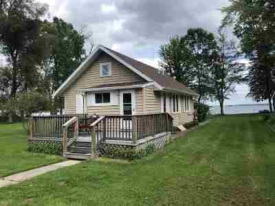 Shawano Single Family Home Active-Offer No Bump: N6024 Lake