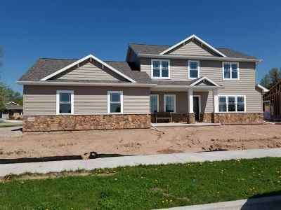 Appleton WI Single Family Home Active-No Offer: $319,900