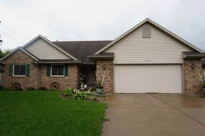 Wrightstown Single Family Home Active-No Offer: 240 Alison