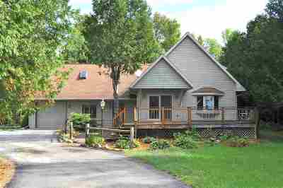 Oconto County Single Family Home Active-No Offer: 4832 Thome