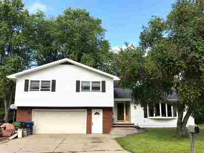 Wrightstown Single Family Home Active-No Offer: 410 Highland