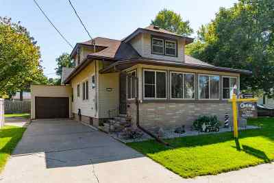 Neenah Single Family Home Active-No Offer: 333 3rd