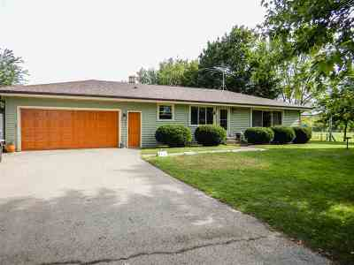 Peshtigo Single Family Home Active-Offer No Bump: N2358 Vernon Hills