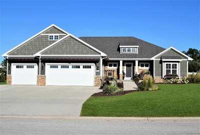 Green Bay Single Family Home Active-No Offer: 3756 Scotchman