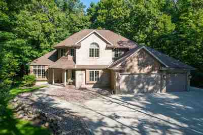 Appleton Single Family Home Active-Offer No Bump: N245 Hickory Meadows