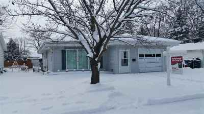 Oshkosh Single Family Home Active-Offer No Bump: 1023 Pierce