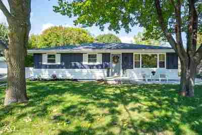 Neenah Single Family Home Active-Offer No Bump: 327 Cherrywood