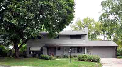 Neenah Single Family Home Active-No Offer: 517 Chatham