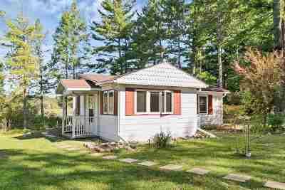 Single Family Home Active-No Offer: E2932 Moon Lake