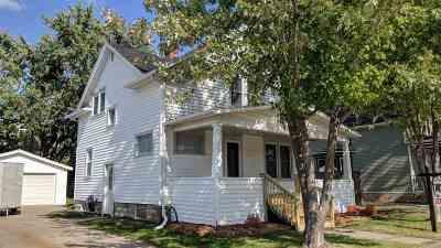 Neenah Single Family Home Active-Offer No Bump: 312 E Columbian