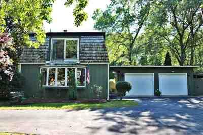 Oshkosh Single Family Home Active-No Offer: 1378 Lake Breeze