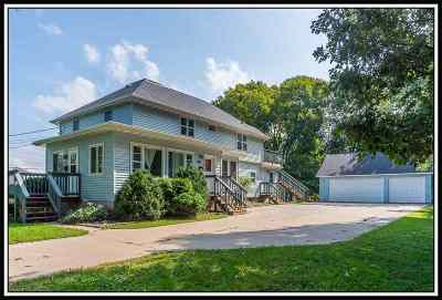 Menasha Single Family Home Active-No Offer: 941 Plank