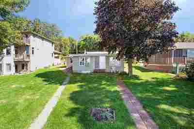 Single Family Home Active-No Offer: N6429 Fairy Springs