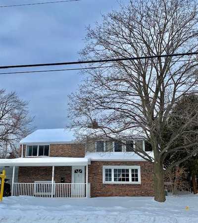 Neenah Single Family Home Active-No Offer: 512 E Cecil
