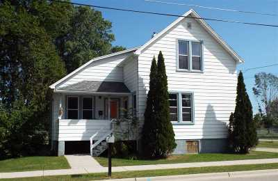 Oconto Single Family Home Active-No Offer: 317 Elm