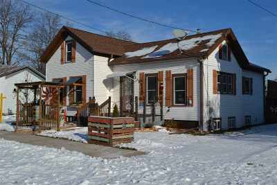 Oshkosh Single Family Home Active-No Offer: 812 Mt Vernon