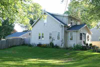 Kaukauna Single Family Home Active-No Offer: 626 George