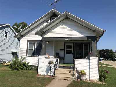 Shawano Single Family Home Active-No Offer: 203 Hill