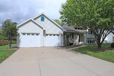 Neenah Single Family Home Active-No Offer: 328 Omaha