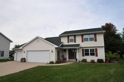 Menasha Single Family Home Active-No Offer: 2416 Red Fescue