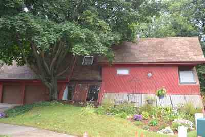 Kaukauna Single Family Home Active-No Offer: 1000 Melrose