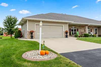 Menasha Single Family Home Active-Offer No Bump: N9080 Spring Valley