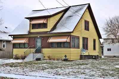 Oshkosh Single Family Home Active-Offer No Bump: 1612 Western