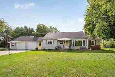 Kaukauna Single Family Home Active-No Offer: 1001 State