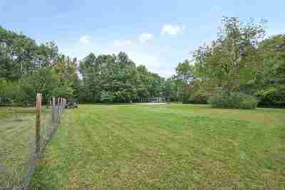 Residential Lots & Land Active-No Offer: 3090 Nuthatch