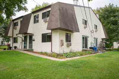 Neenah Condo/Townhouse Active-Offer W/Bump: 1756 Wendy