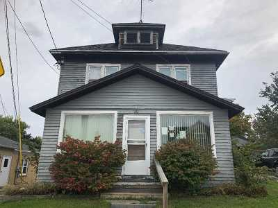 Bonduel Single Family Home Active-No Offer: 213 E Green Bay