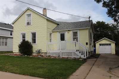 Appleton Single Family Home Active-No Offer: 722 W Packard