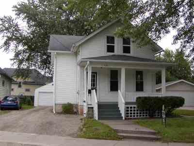 Oshkosh Single Family Home Active-No Offer: 1430 Elmwood
