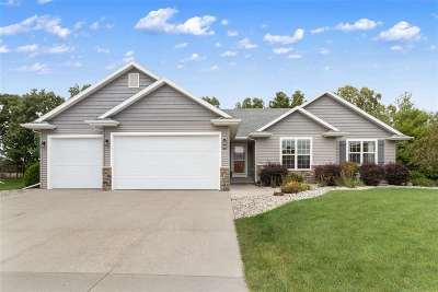 Neenah Single Family Home Active-Offer No Bump: 1601 Bluebird