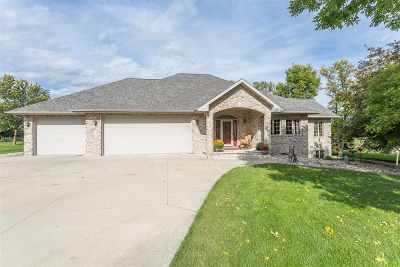 Kaukauna Single Family Home Active-Offer No Bump: N4120 Duck Creek