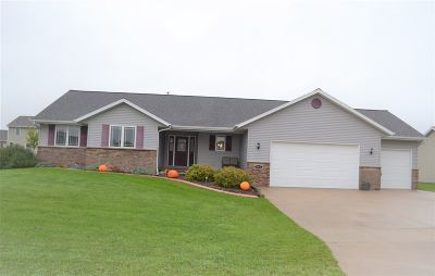 Wrightstown Single Family Home Active-No Offer: 562 Clay