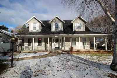 Green Bay Single Family Home Active-No Offer: 3078 Kingswood