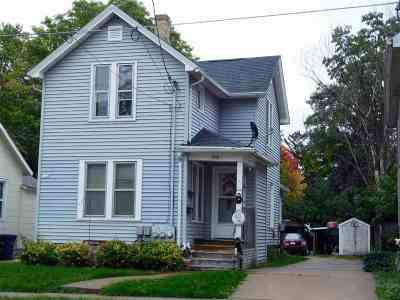 Oshkosh Multi Family Home Active-Offer No Bump-Show: 514 Evans
