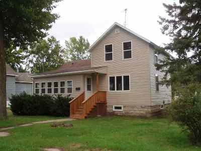 Oconto Single Family Home Active-No Offer: 604 5th