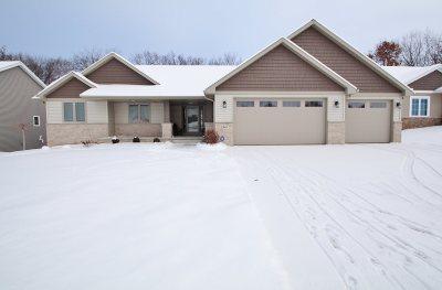Green Bay Single Family Home Active-No Offer: 3341 Largo Ridge